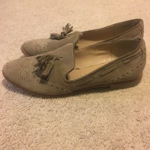 Cute tan loafers